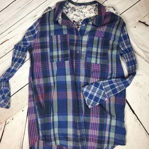 Caslon med flannel button down